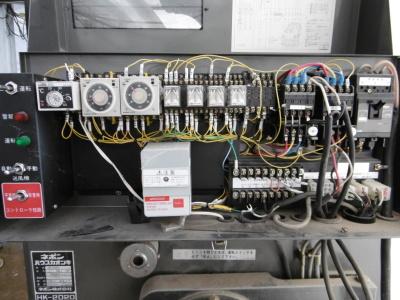 改造後の胡蝶蘭用温風機制御盤